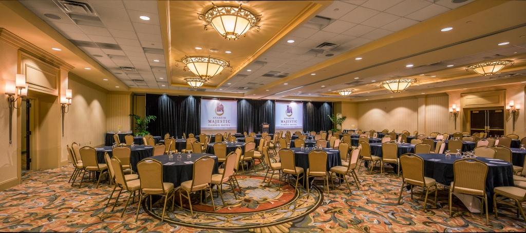 Kensington Ballroom at Anaheim Majestic Garden Hotel